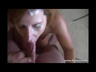 Amatuer milf gets facial after deepthroat