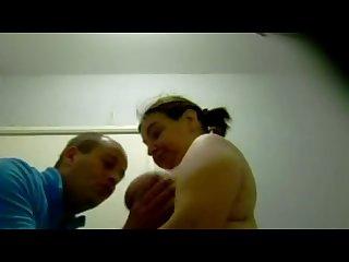 Gros mamelons 11 hangig saggy tits gant de toilette