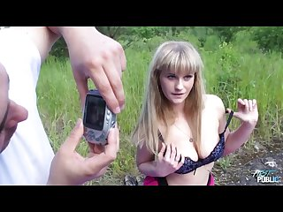 Hot naive blonde easy convinced to fuck outdoors