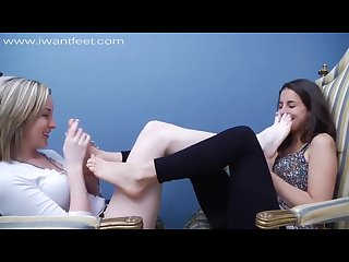 Ava her friend sniff eachother S smelly feet