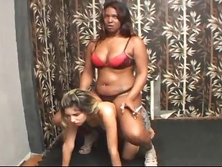 Black amazon rides her ponygirl into submission