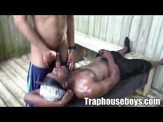 Ebony thugs gets a mouthful of jizzload
