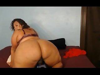 Latina bbw gives us a show