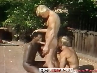 Outdoor threeway and voyeur classic 80s gay porn student bodies