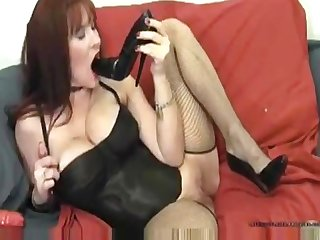 Awesome Camgirl inserst shoe in pussy masturbation heelslovers pornhub