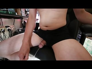 Male pee desperation and fun lazy chair peeing M akes for an easy day