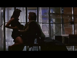 Demi moore sexy seduction scene in disclosure