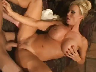 Amber lynn hot milf gets banged on the couch
