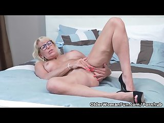 Canadian milf bianca indulges in masturbation