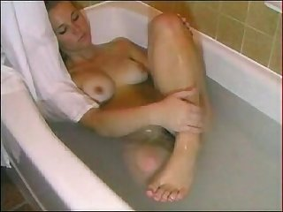 Amputee brittney in bath