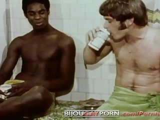 Classic 1972 gay porn first time round
