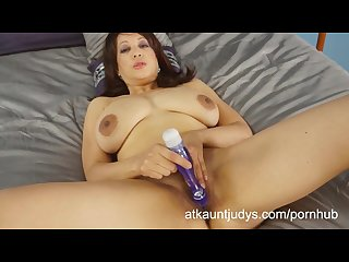 Lala bond spreads her legs and fingers her pussy then uses a toy