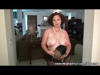 American milf marie black will let you enjoy her pussy