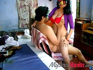 Big boobs sexy savita Bhabhi riding on top fucking her men indian sex