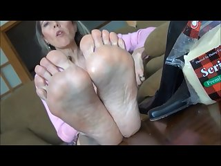 Goldsole57 bare feet seriously cheesy soles