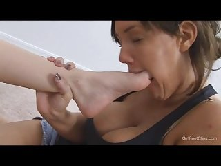 Tall mandy worships anna s little feet