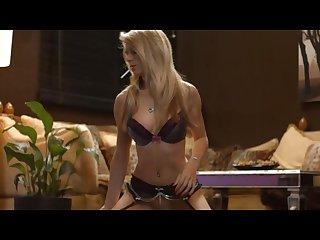 Chloe toy smoking on sybian sex machine