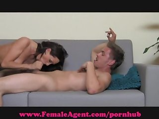 Femaleagent moist mouth blowjobs