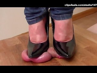 Cock milking stiletto pumps