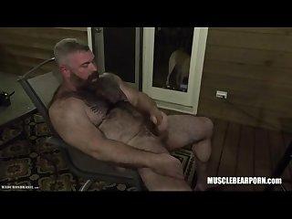 Musclebear daddy jacks off