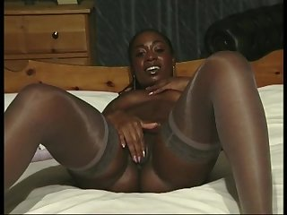 White british babe kerry two African british goddesses naomi and khadean