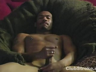 Straight black guy braxton masturbating