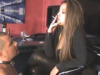 Hot smoking domme