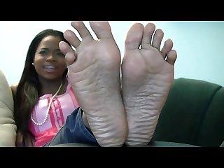 Niceebony feet