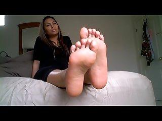 Stinky samoan girl soles