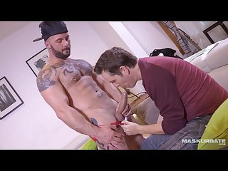 Maskurbate manuel deboxer enjoying a succulent bj