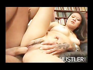 Asian slut gets stuffed