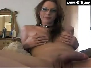 Webcams free shemale with glasses cum on webcam www hotcams pw