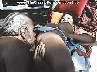 Old man fucks younng retro lady