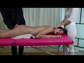 Yonitale silvie luca has orgasmic massage