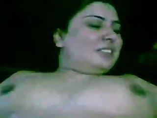 Paki begum zeba shows her steaming muslim Pakistani genitalia