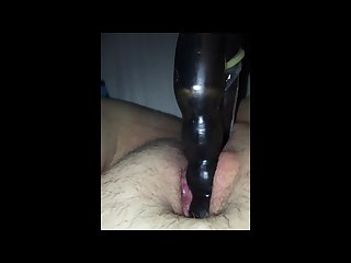 Fat pussy creams and fucks a dildo