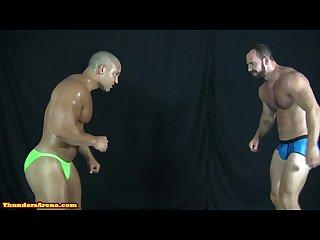 Muscle battle! Briefs x Posing Trunks! Dozer is so hot!