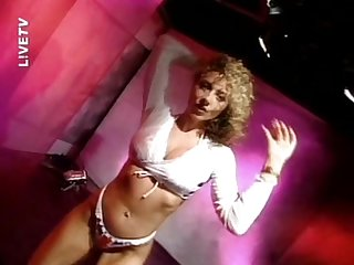 Lynda leigh live tv strip