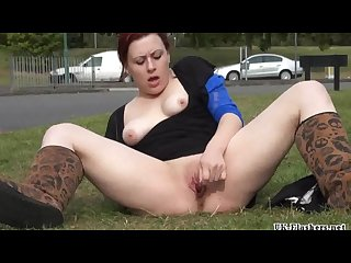 Roundabout toying of public amateur exhibitionist isabel dean flashing