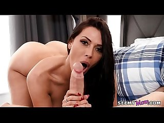 We sneak A peek at my stepmom s naked body excl rachel starr