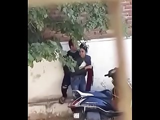 Indian couple romance - Streets - kissing sex
