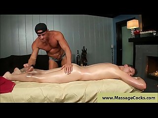 Muscule gay massage