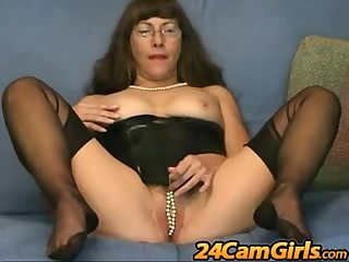 Pussy games in www period 24camgirls period com