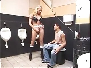 Lisa lawer threesome act in a public toilet