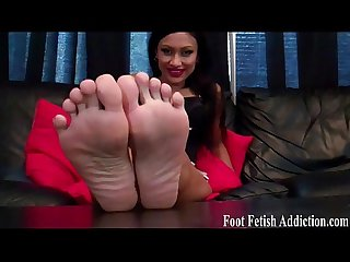Put my delicious feet in your warm mouth