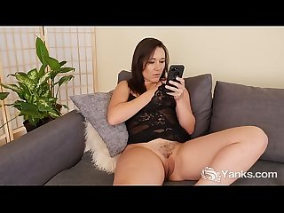 Yanks sinn sage watches porn on her phone