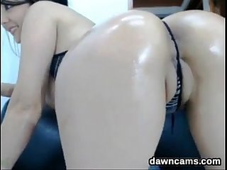 Beautiful latin cam girl teasing
