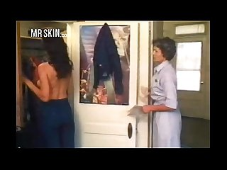 24 mrskinsfavoritenudescenes1976 tube ip