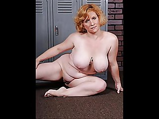 Busty mature Slideshow