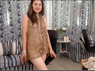 LittleTeenBB Riley gets completely naked for your pleasure